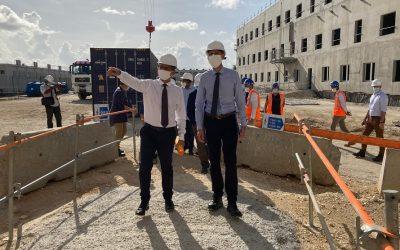 Alexandre Rochatte a visité le chantier du futur CHU, prévu pour fin 2023